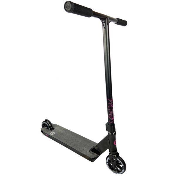 District Titan Stunt Scooter - Black/Black